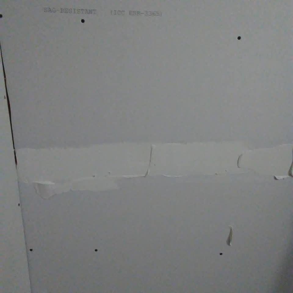 DIY drywall mudding